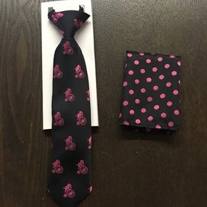 Other - Child's Necktie and pocket square set